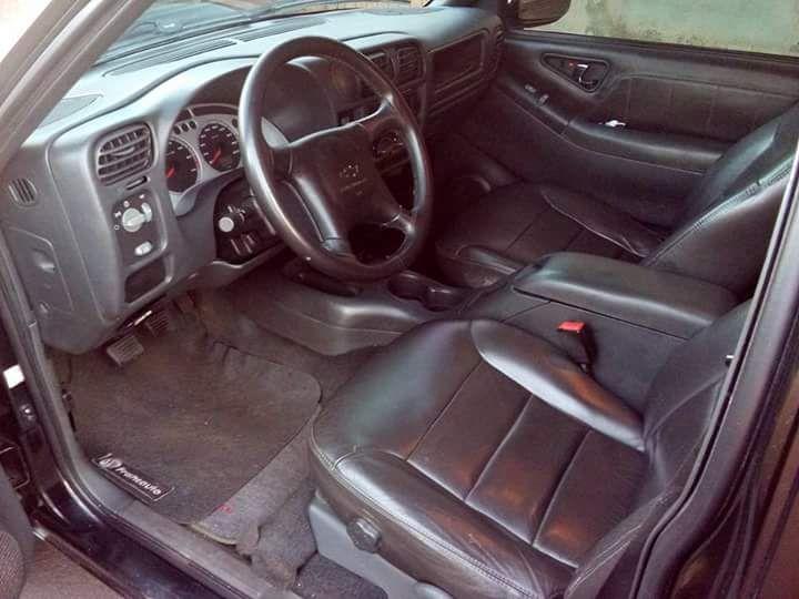 Chevrolet S10 2.4 Advantage (Cab Dupla) - Foto #7