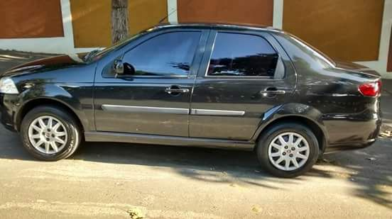 Fiat Siena Celebration Fire 1.0 8V (Flex) - Foto #1