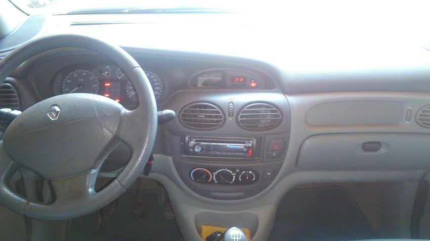 Renault Scénic Privilége 1.6 16V - Foto #5