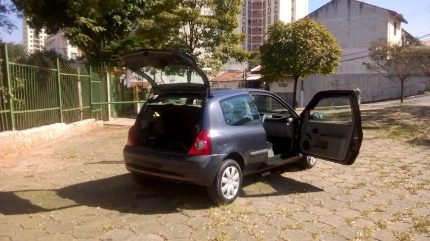 Renault Clio Hatch. Authentique 1.0 8V - Foto #4