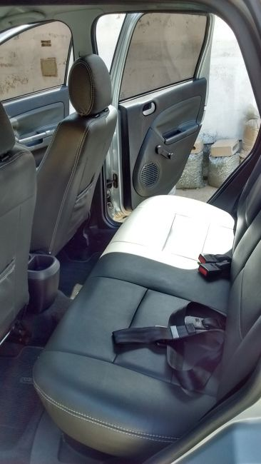 Ford Fiesta Hatch Class 1.6 (Flex) - Foto #10