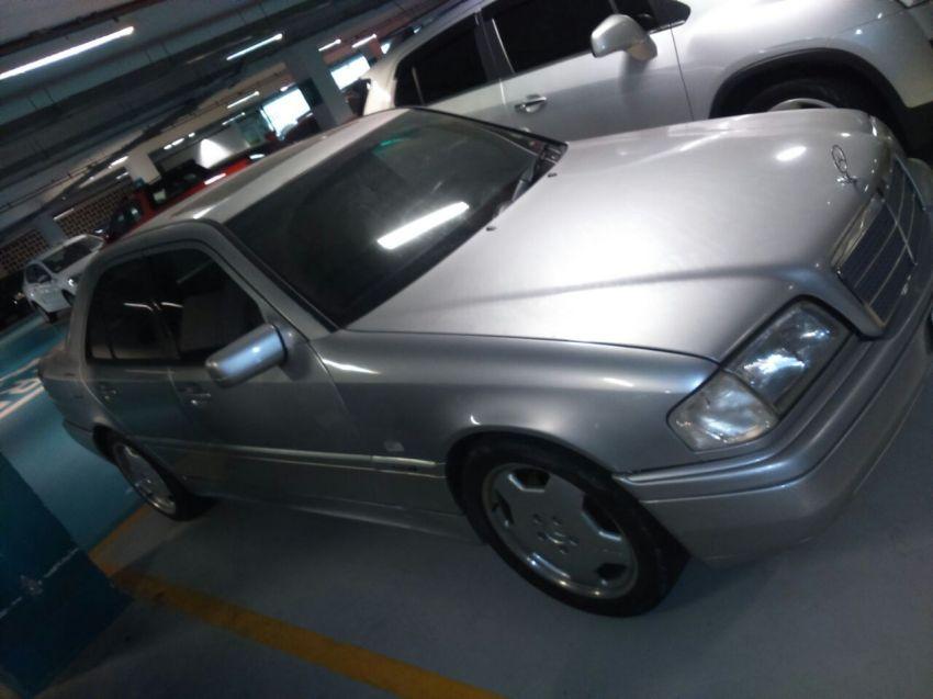 Mercedes-Benz C 280 Sport - Foto #2
