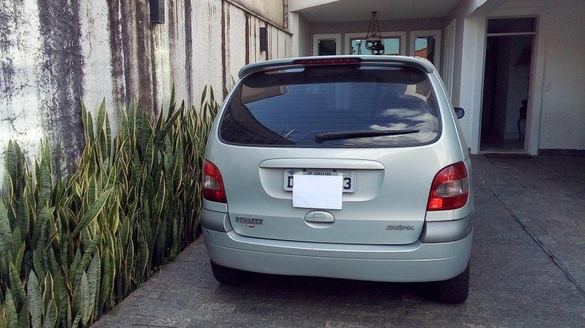 Renault Scénic Privilége 2.0 16V (aut) - Foto #3