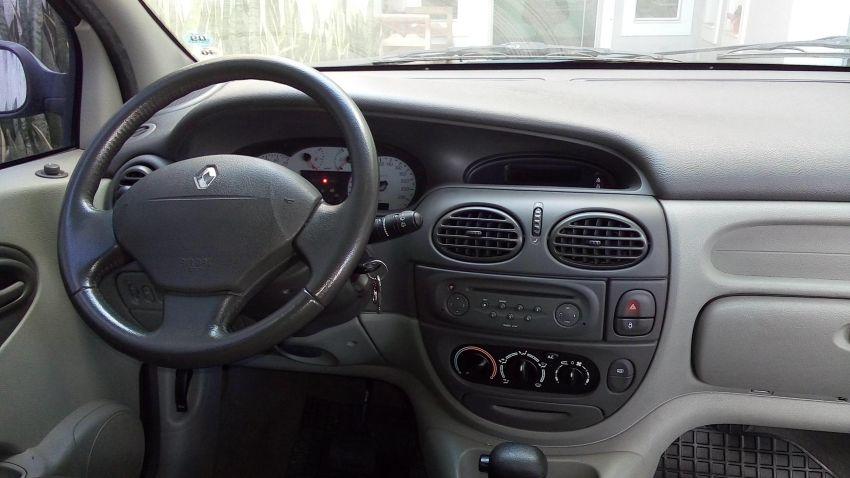 Renault Scénic Privilége 2.0 16V (aut) - Foto #5