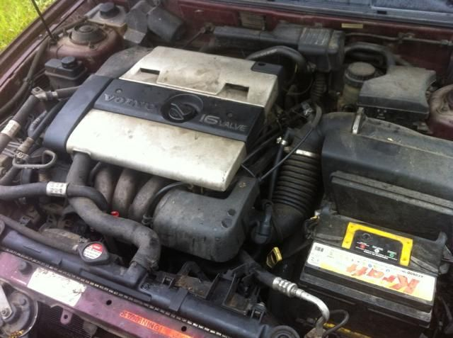Volvo V40 1.8 (aut) - Foto #1