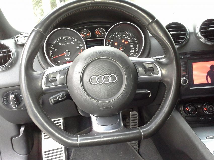 Audi TT Coupe 2.0 TFSI - Foto #10
