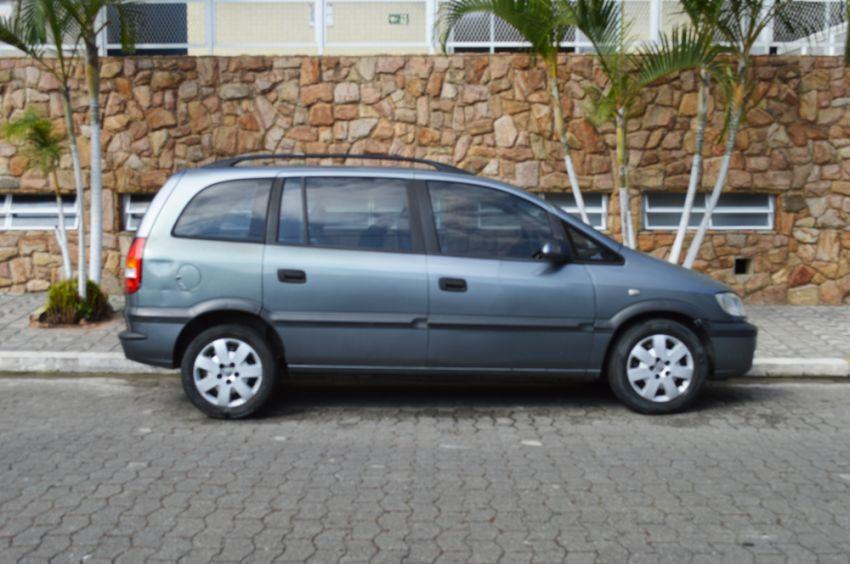 Chevrolet Zafira 2.0 8V - Foto #5