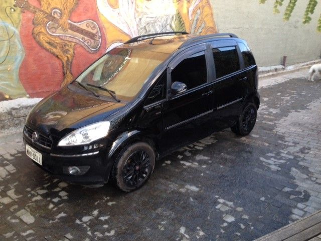 Fiat Idea Essence 1.6 16V E.TorQ - Foto #2