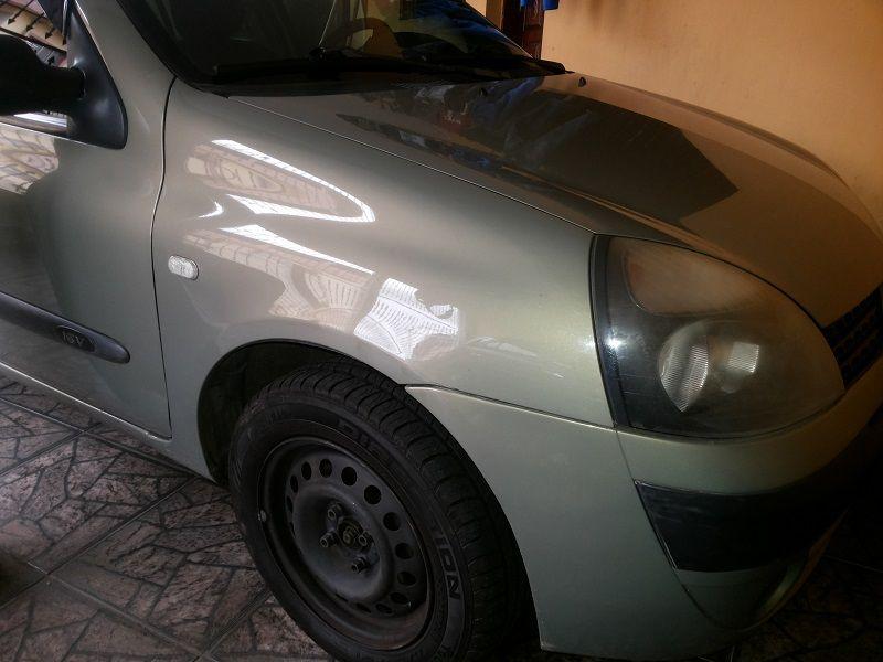 Renault Clio Hatch. Expression 1.0 16V 4p - Foto #2