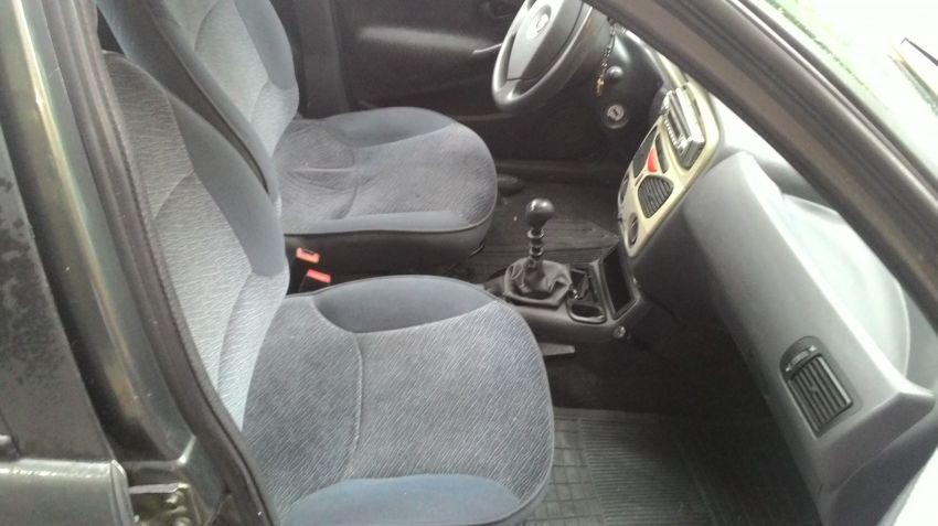 Fiat Siena ELX 1.6 16V - Foto #5