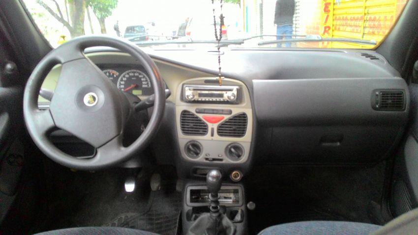 Fiat Siena ELX 1.6 16V - Foto #8
