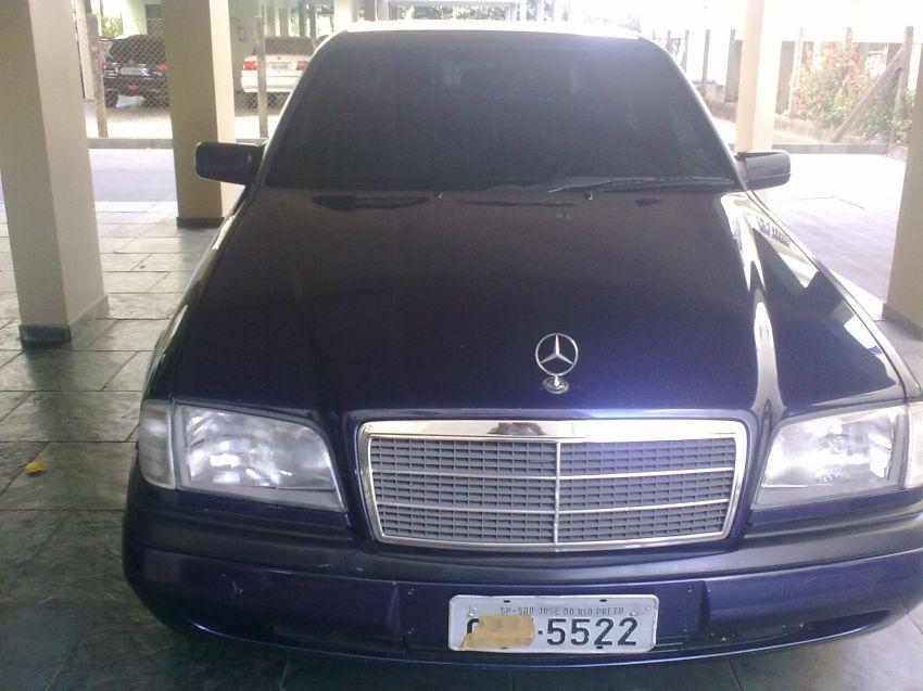 Mercedes-Benz C 180 Classic - Foto #3
