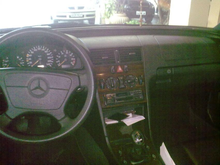 Mercedes-Benz C 180 Classic - Foto #5