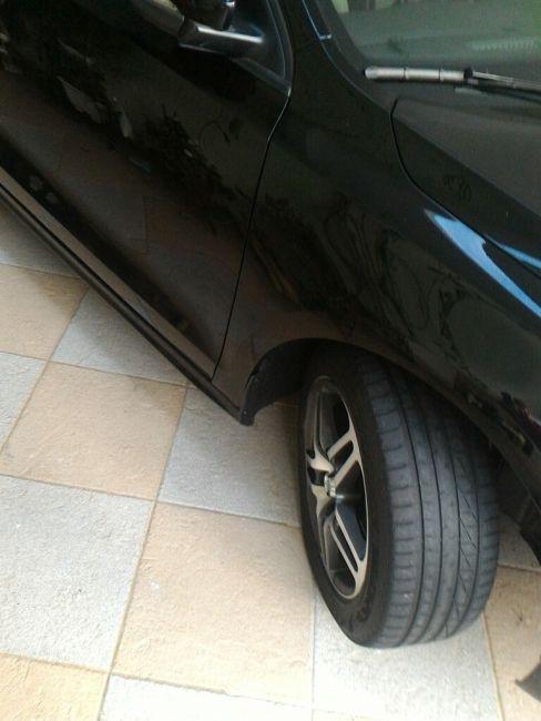Volkswagen Jetta 2.0 Comfortline (Flex) - Foto #3