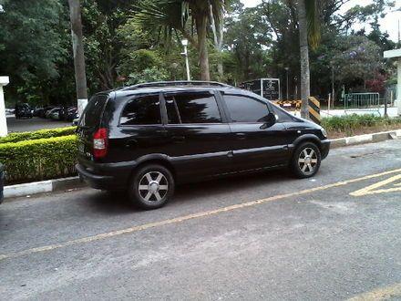 Chevrolet Zafira CD 2.0 8V (Aut) - Foto #1