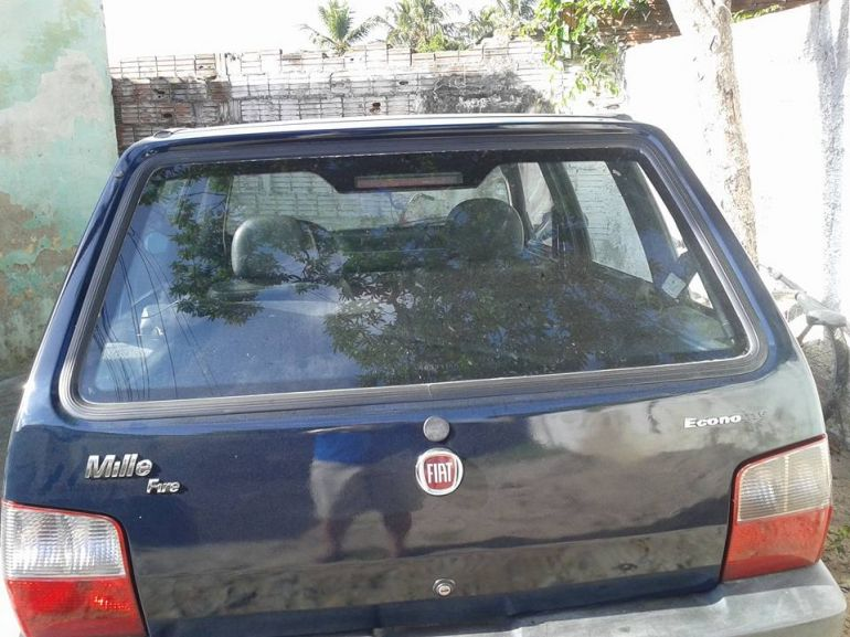 Fiat Uno Mille Fire Economy 1.0 (Flex) 4p - Foto #1