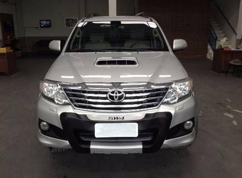 Toyota Hilux SW4 3.0 TDI 4x4 SRV 5L (Aut) - Foto #5
