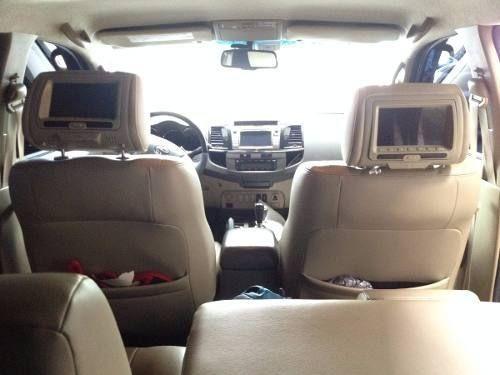 Toyota Hilux SW4 3.0 TDI 4x4 SRV 5L (Aut) - Foto #6