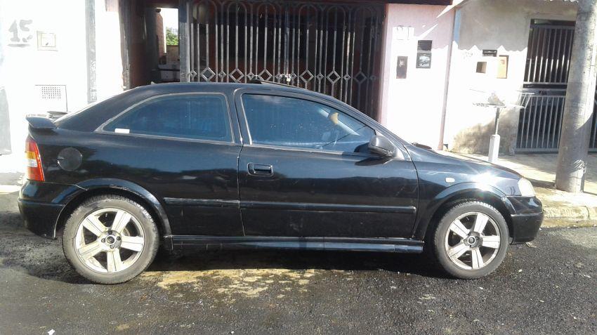 Chevrolet Astra Hatch Sport 2.0 8V - Foto #2