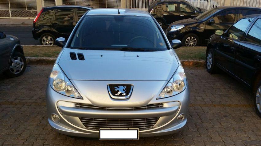 Peugeot 207 Hatch XR Sport 1.4 8V (flex) - Foto #3