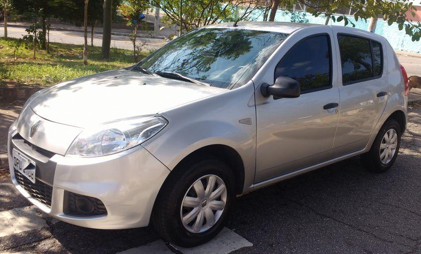 Renault Sandero Authentique 1.0 16V (Flex) - Foto #1