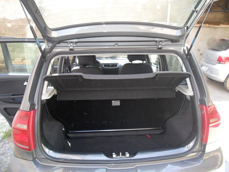 Volkswagen Fox Trend 1.0 8V (Flex) - Foto #9