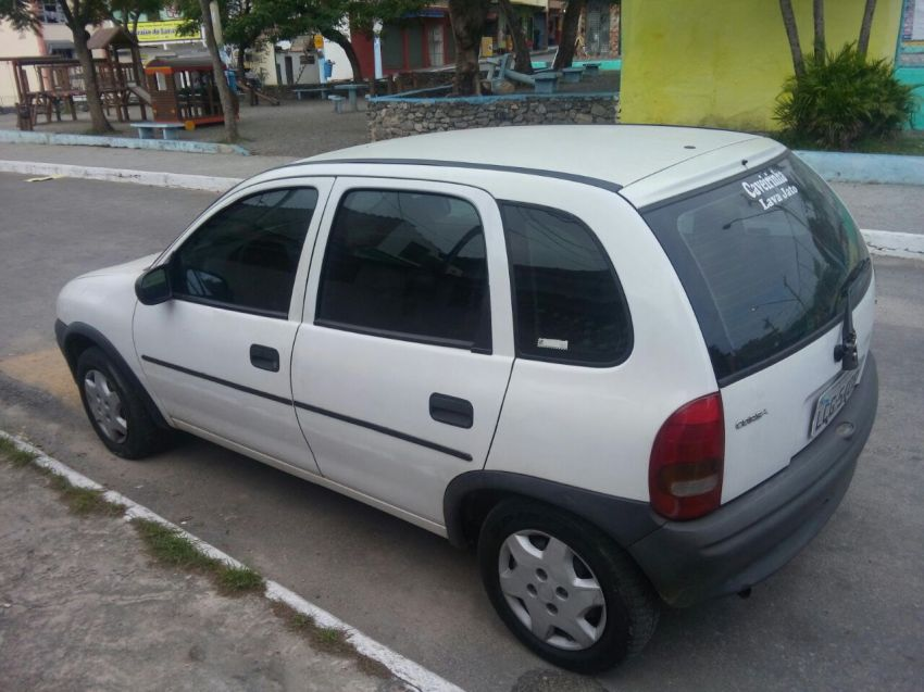 Chevrolet Corsa Hatch Super 1.0 MPFi 4p - Foto #3