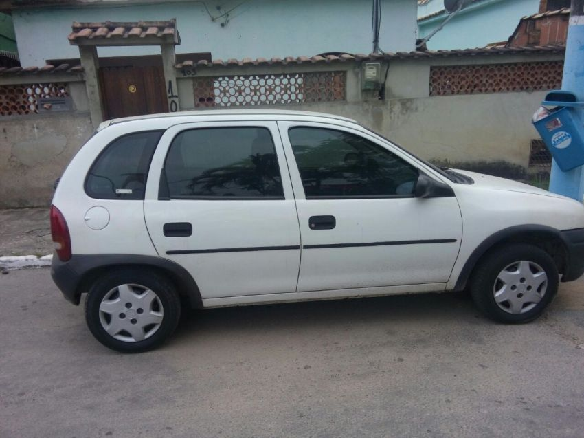 Chevrolet Corsa Hatch Super 1.0 MPFi 4p - Foto #4