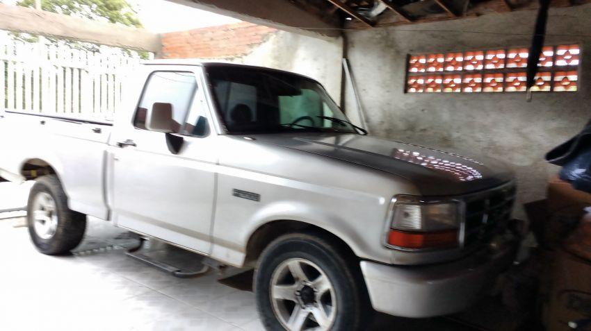 Ford F1000 XL Turbo 4x4 4.3 (Cab Simples) - Foto #1
