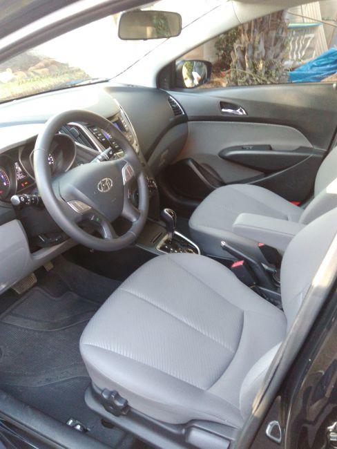 Hyundai HB20 1.6 S Premium (Aut) - Foto #9