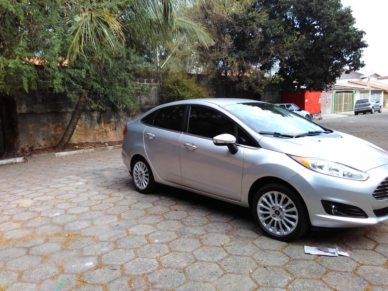 Ford New Fiesta Sedan 1.6 Titanium PowerShift (Aut) - Foto #1