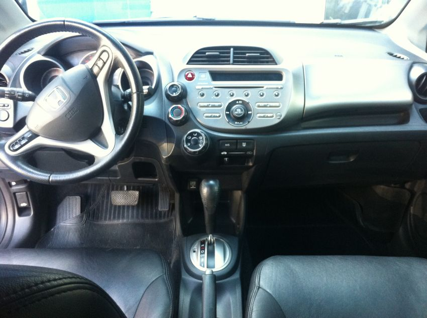 Honda New Fit LXL 1.4 (flex) (aut) - Foto #3