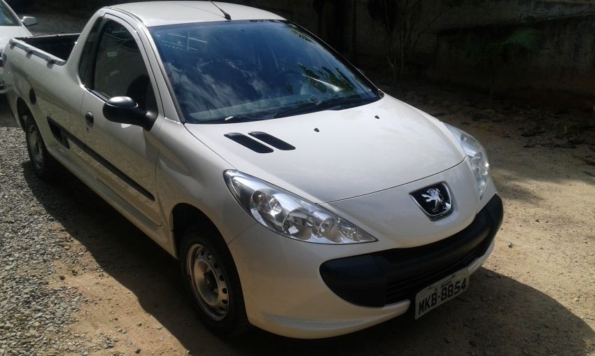Peugeot Hoggar X-Line 1.4 (flex) - Foto #1