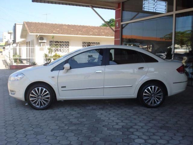 Fiat Linea 1.8 16V Absolute Dualogic - Foto #2