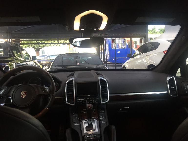 Porsche Cayenne 4.8 Turbo 4WD (aut) - Foto #4
