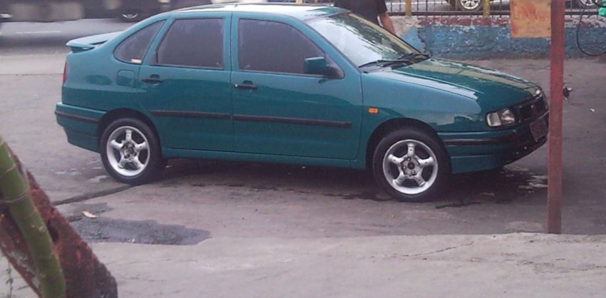 Seat Cordoba Sedan GLX 1.8 - Foto #1
