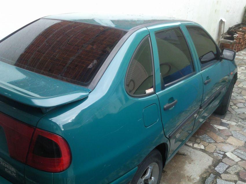 Seat Cordoba Sedan GLX 1.8 - Foto #2