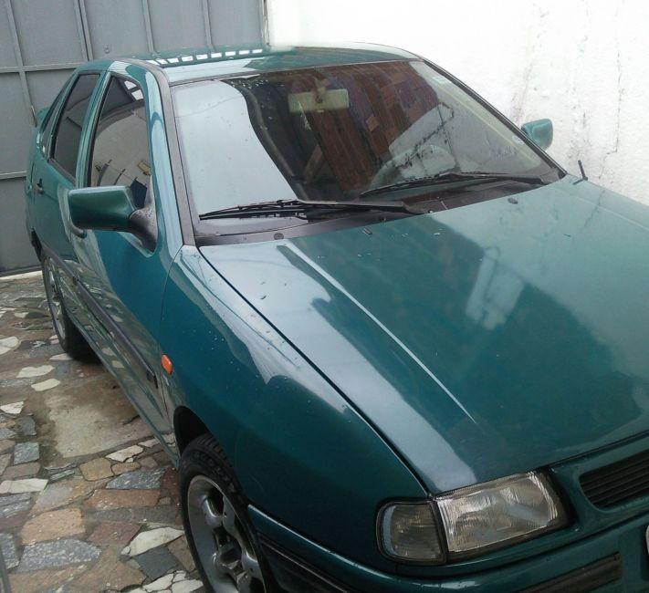 Seat Cordoba Sedan GLX 1.8 - Foto #3