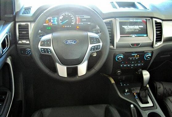 Ford Ranger 3.2 TD Limited CD Mod Center 4x4 (Aut) - Foto #4