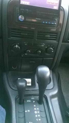 Jeep Grand Cherokee Limited 4.7 V8 - Foto #8