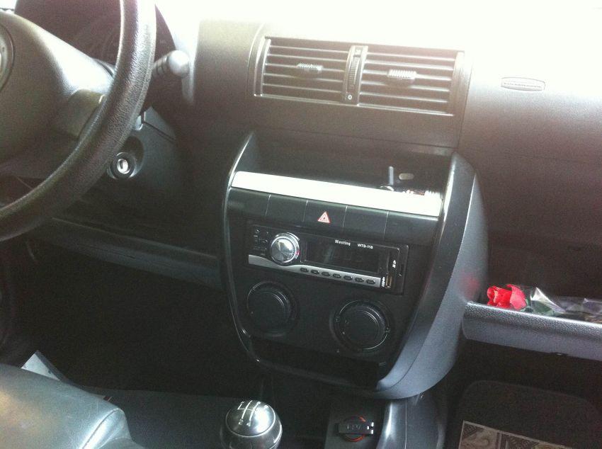 Volkswagen Fox City 1.0 (Flex) 2p - Foto #6
