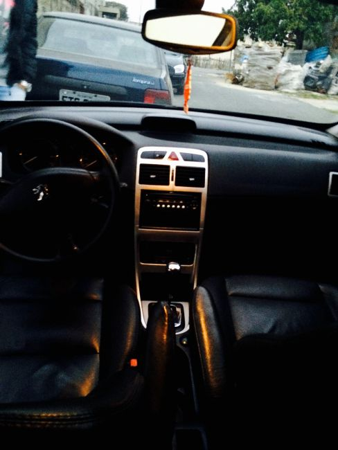 Peugeot 307 Hatch. Feline 2.0 16V (aut) - Foto #7