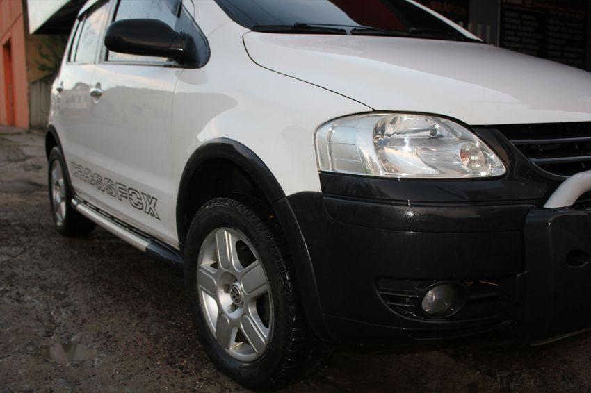 Volkswagen CrossFox 1.6 16v MSI (Flex) - Foto #5