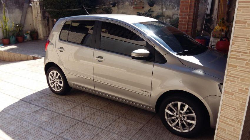 Volkswagen Fox Sportline 1.6 8V (Flex) - Foto #2