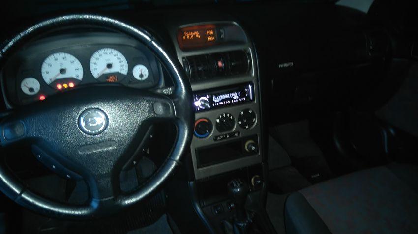 Chevrolet Astra Hatch GSi 2.0 16V - Foto #5