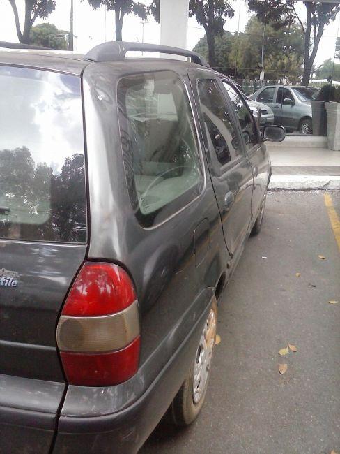 Fiat Palio Weekend Stile 1.6 16V (nova série) - Foto #3