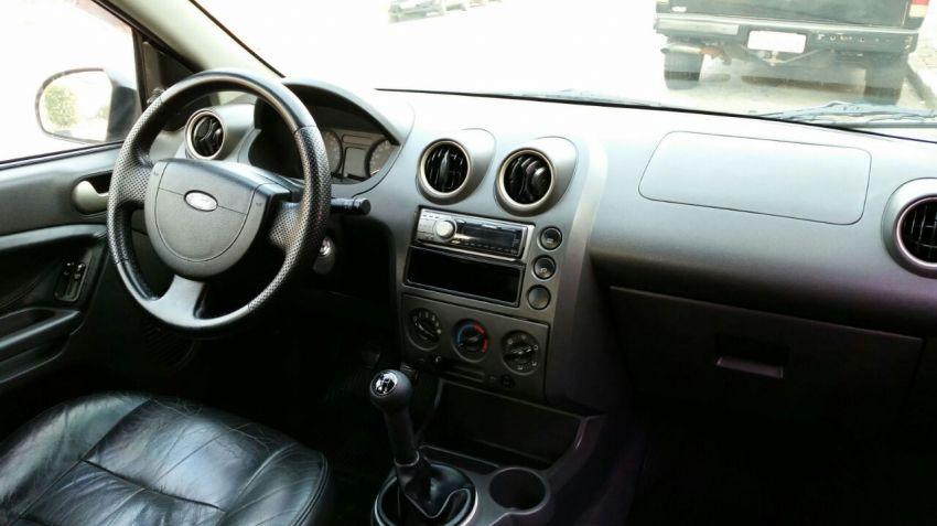Ford Fiesta Hatch Supercharger 1.0 8V - Foto #1