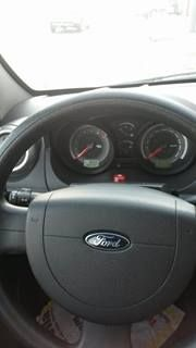 Ford Fiesta Hatch Rocam 1.6 (Flex) - Foto #2