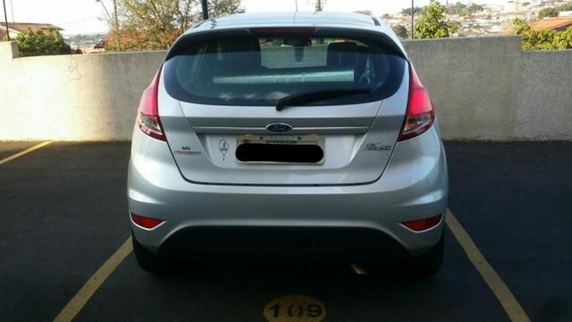 Ford New Fiesta 1.6 SE PowerShift - Foto #2