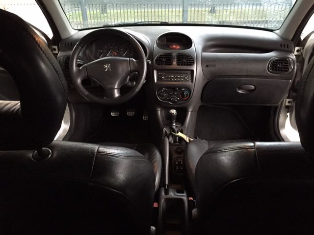 Peugeot 206 Hatch. Rallye 1.6 16V - Foto #5
